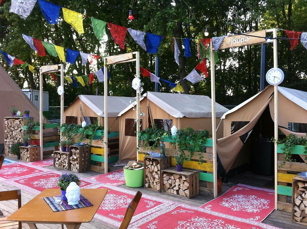 sauna tent met nordic tipi inrichting